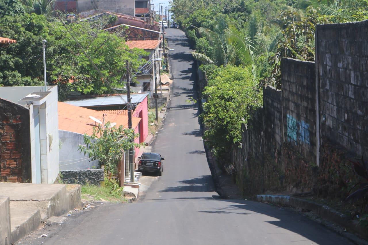 Rua pavimentada na cidade de São Luís-MA