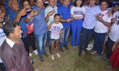 EM CAPINZAL DO NORTE-MA, MILHARES PESSOAS PRESTIGIAM REUNIÃO DE ÚLTIMA HORA DE ELIOMAR MIRANDA