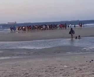 Três crianças da mesma família se afogam na Praia do Calhau em São Luís-MA