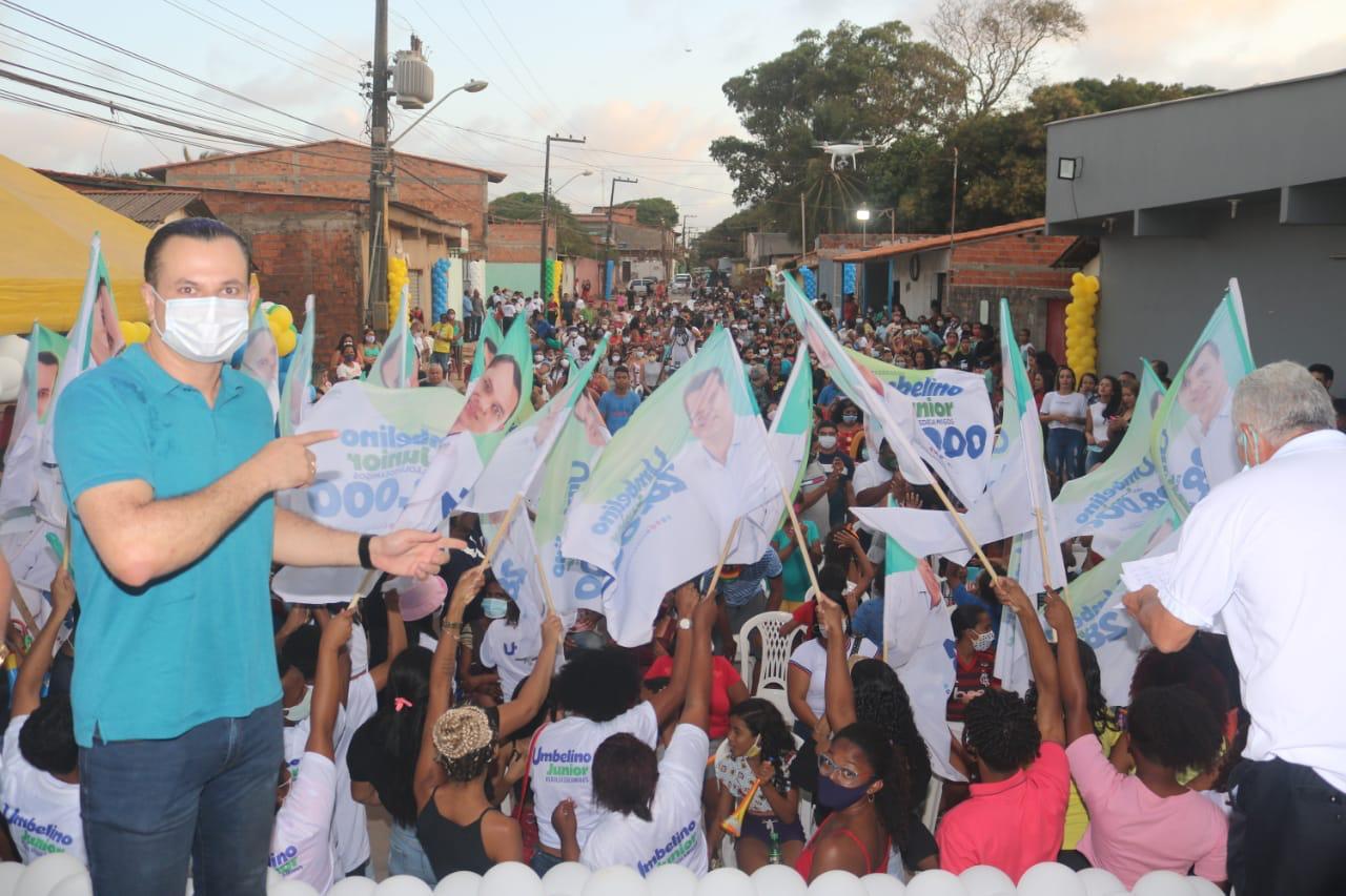 Umbelino Junior inaugura comitê e mostra força na capital