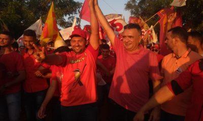 FAGNER MOURA, CLEANE SERRA E MÁVIO ROCHA ARRASTAM MULTIDÃO EM TRÊS LAGOA