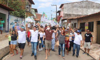 Umbelino Junior realiza caminhada na área Itaqui Bacanga e arrasta multidão