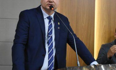 Em video, Umbelino Junior destaca principais projetos e leis apresentados na Câmara