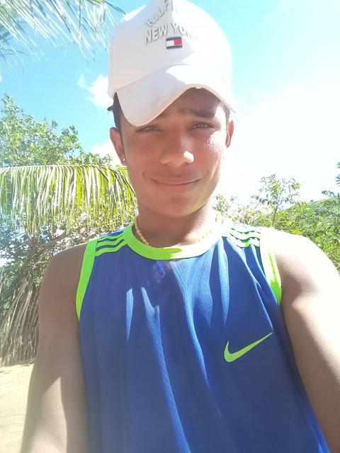 Na manhã de sábado (28), por volta das 11h, um jovem morador de São Roberto morreu em um acidente de moto na MA-012,