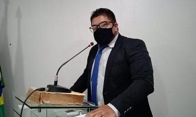 O vereador Léo da Assistência por meio de requerimento, requer a inclusão dos funcionários do Sistema Único de Assistência Social (SUAS) e os Conselheiros Tutelares de Peritoró