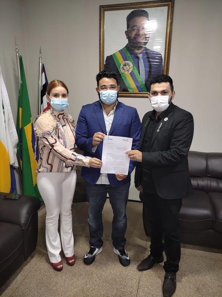 A vereadora Vanessa Murad, viabilizou um convênio entre a prefeitura de Peritoró e o grupo Ipede