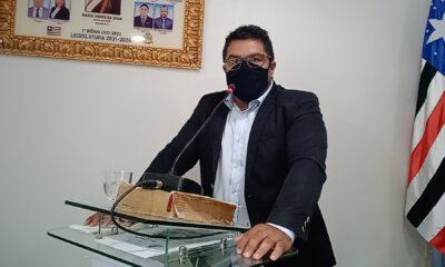 O camarista pede ao chefe do poder executivo municipal a reforma do Centro de Convivência do Povoado São João das Neves, zona rural de Peritoró-MA.